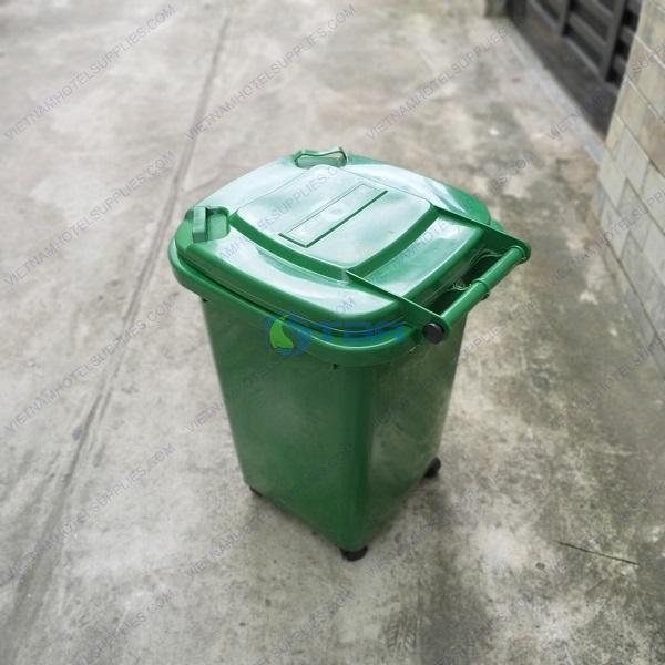 Thùng rác nhựa công nghiệp 60 lít có bánh xe