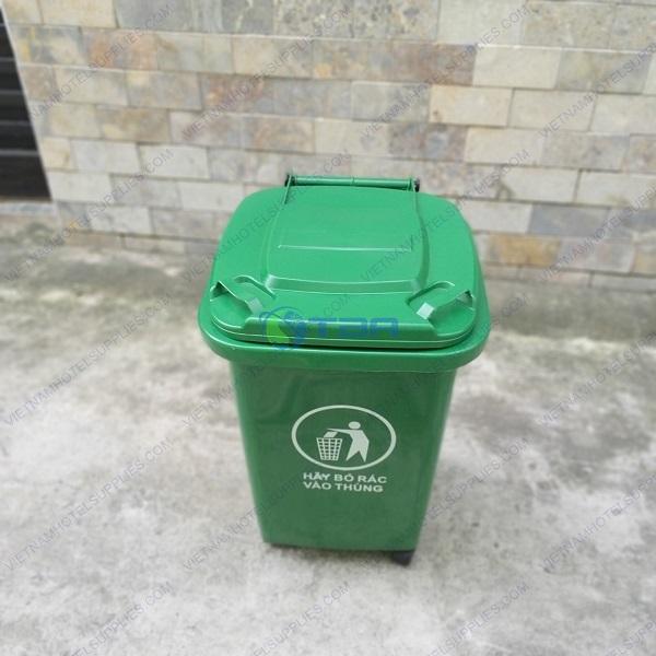 Thùng rác nhựa màu xanh nắp kín 60 lít