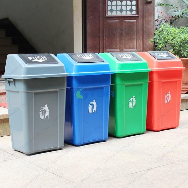 Thùng rác nhựa nắp lật đặt công cộng