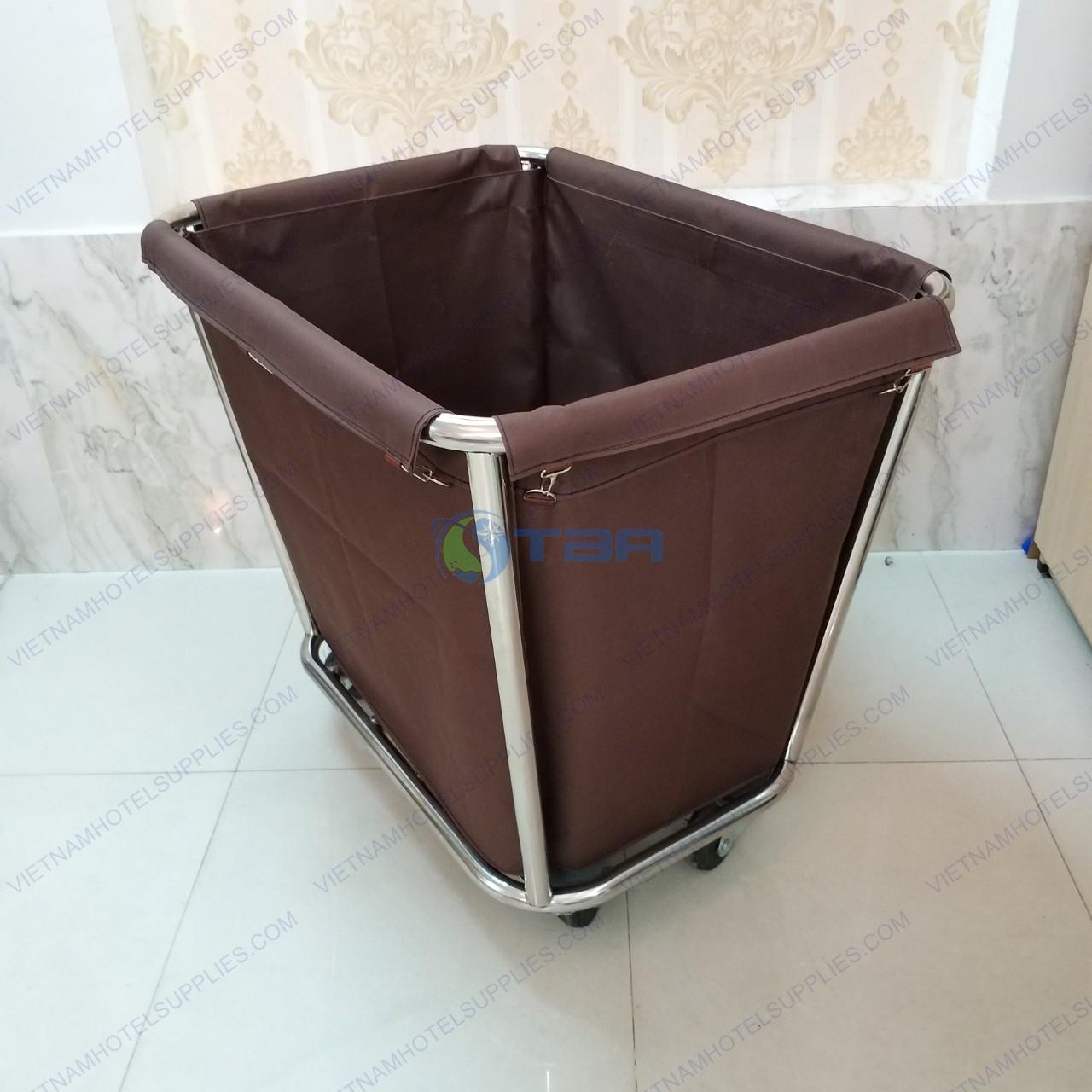 xe inox túi vải thu gom đồ dơ giặt ủi