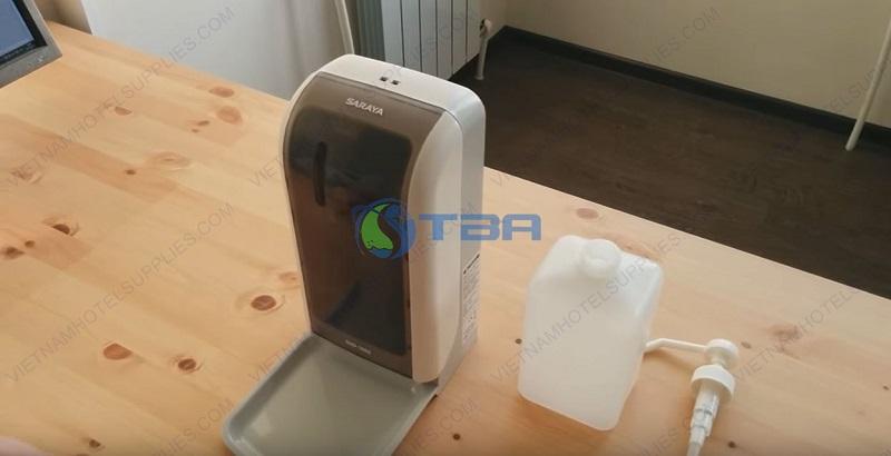Bình đựng nước sát khuẩn tay cảm ứng tự động