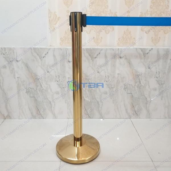 Cột chắn inox 304 chất lượng cao mạ vàng dây căng màu xanh